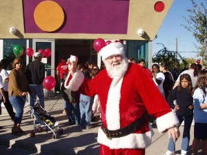 Santa-Glendale Youth Center  00041