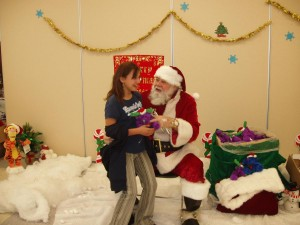 Santa-Glendale Youth Center  00048